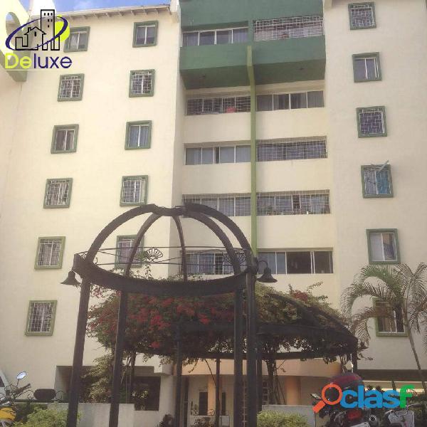 Amplio Apartamento de 90 m2 en exclusivo Conjunto