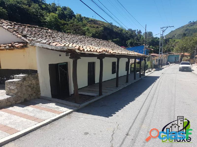 Casa arquitectura colonial, 1000 m2 terreno y 457 m2