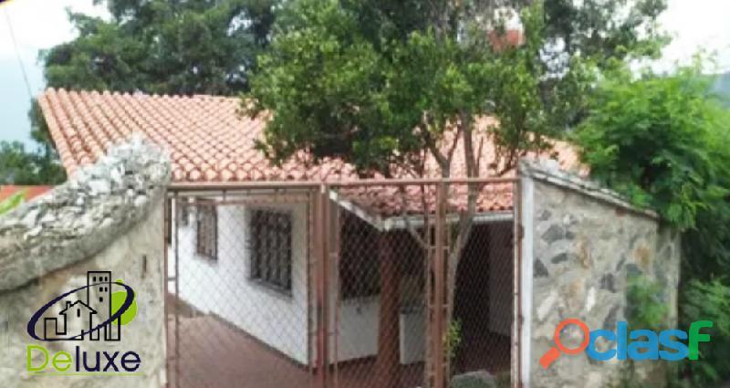 Hermosa Casa con Restaurant, 700 m2 terreno y 120 m2 de