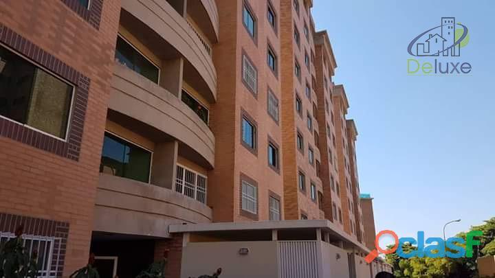 Inigualable apartamento de 83 m2 en Conjunto Residencial Los