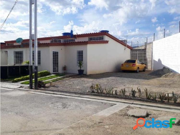 Casa en Venta EL amanecer 20-2863 JRH