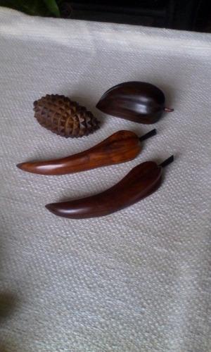 Frutas Madera Artesanal Cuatro Unidades