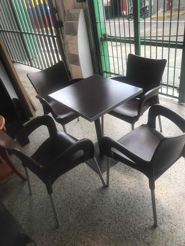 Juego De Mesas Y Silla Restaurante Cafetería