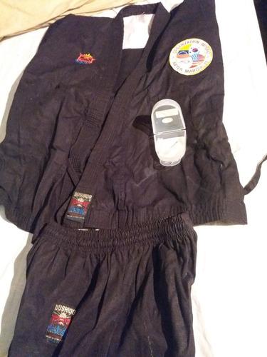 Kimono Bushido Color Negro + Protector Bucal