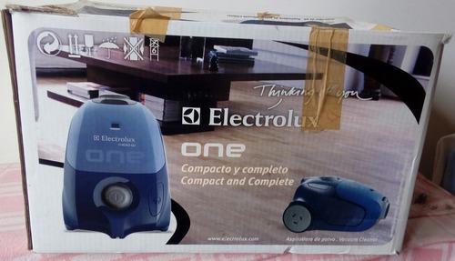 Aspiradora Electrolux Mod: One01 Potencia: 1.400 W (leer)