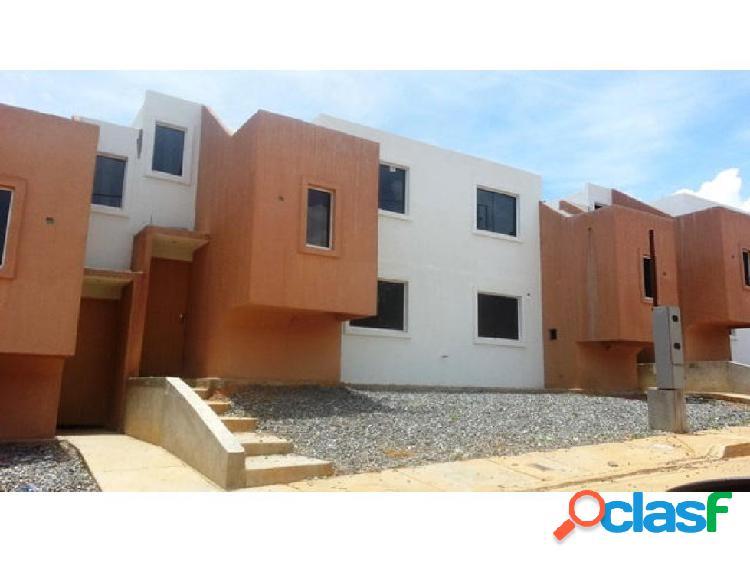 Casas en Venta en La Mora Cabudare Lara