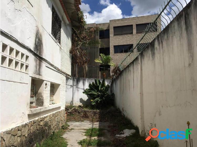Se Vende Casa/Terreno en La Castellana 802 mts
