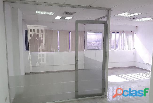 Alquiler Oficina 41 M2 C.c. Reda Building Urb. El Parral