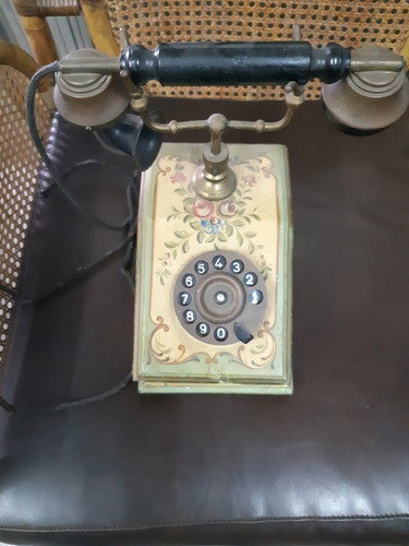 Teléfono De Antigüedades