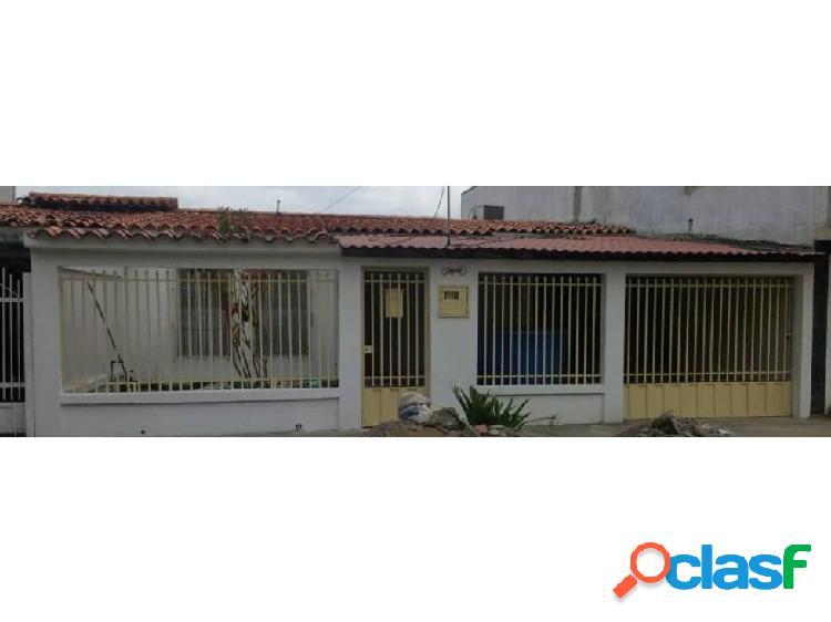 Casa en Venta Urbanización Las Mercedes CABUDARE