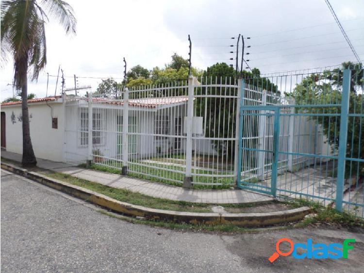 Casa en Venta en Cabudare RAH20-2994