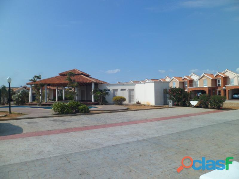 Casa en Villa Exclusiva SGC 016