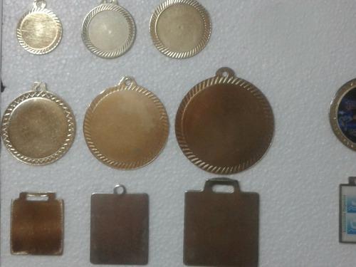 Medallas Vitrificadas Y Troqueladas