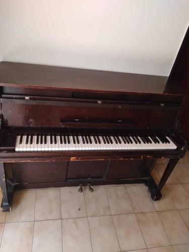 Piano Vertical Nacional Piano Co