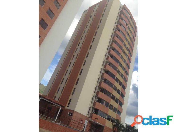 Apartamento en Mañongo Bello amplio