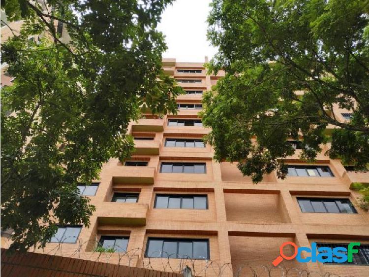Apartamento en venta, Urb El Parral #20-19935 AJC