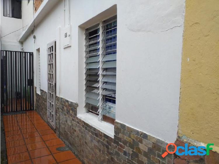 Casa en Venta Zona Centro 20-12400 MMM