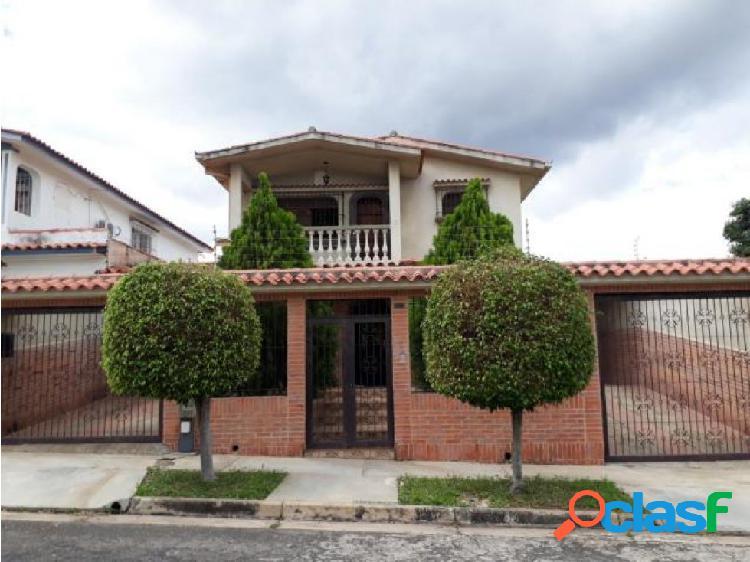 Se vende casa en Trigal Norte #20-4714 OPM 04244404205
