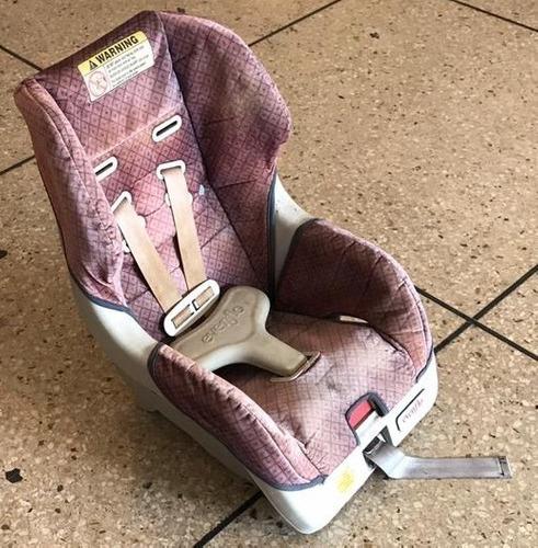 Silla De Carro Para Bebe. Marca Evenflo.