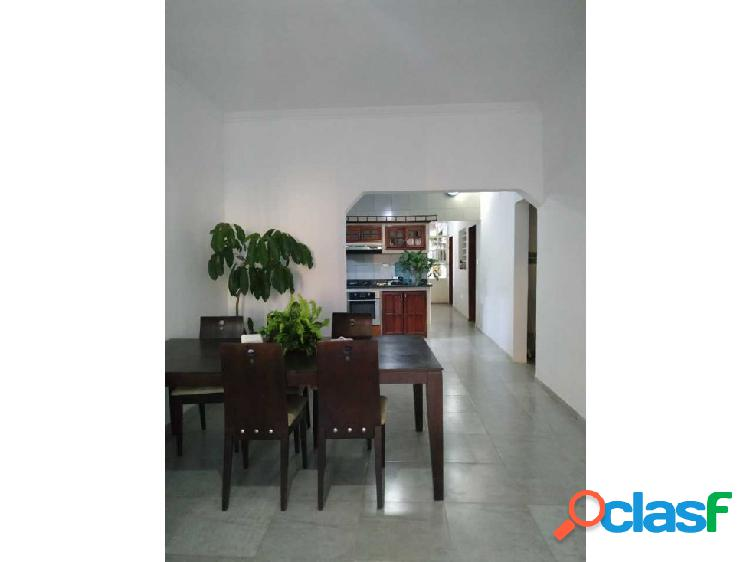 Alquiler Casa en el Sector la Romana, Maracay.