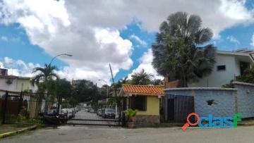Casa en venta en El Bosque, Valencia, Carabobo, Enmetros2,
