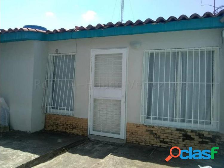 Casas en Venta La Puerta Cabudare RG