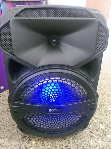 Corneta Portátil Amplificada Marca Boost Con Bluetooth