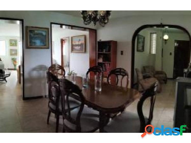 En venta Apto en Valencia #20-7593 opm 04244404205