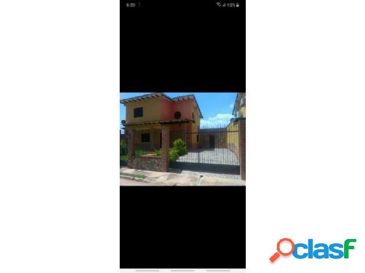 Vendo casa en Terrazas Country de San Diego