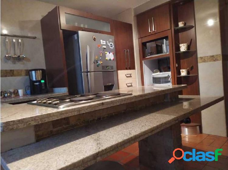 Apartamento en La Soledad en Maracay