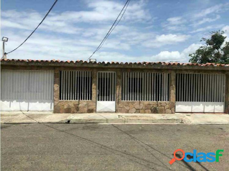 Casa Urbanizacion los Naranjos, Guacara.