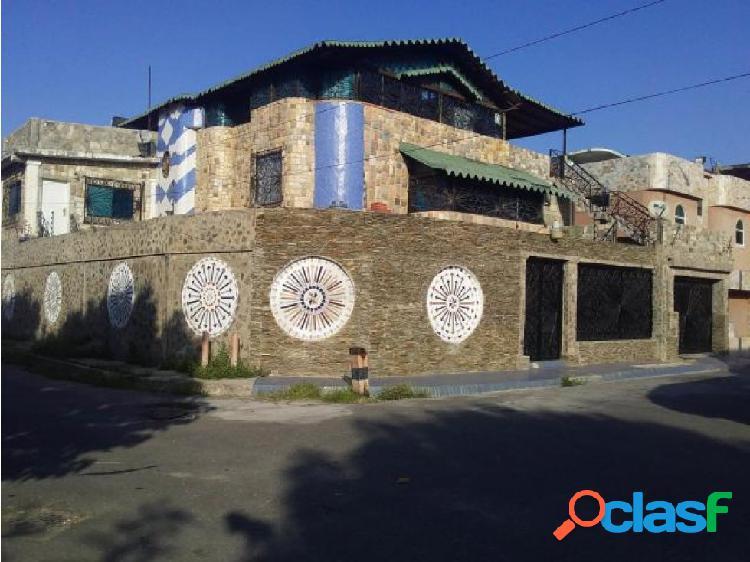 Casa en Cumboto 20-11388 RAGA