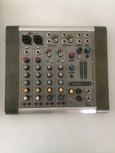 Consola De Sonido Soundcraft Compact 4. Mezclador