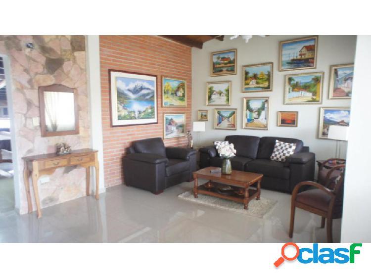 Casa en Venta en Cabudare Santa cecilia, AL 20-6005