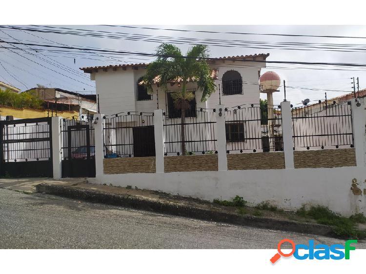 Casa en venta Barquisimeto Colinas de Santa Rosa 20-21492 AS