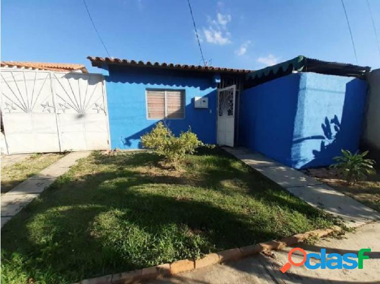 Casa En Venta En Cabudare Codigo Flex 20-3872