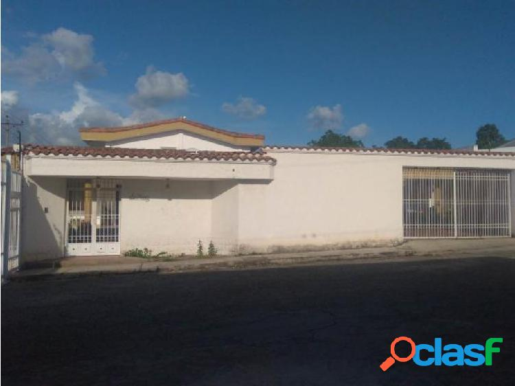 Casa en Venta Colinas de Santa Rosa RAHCO