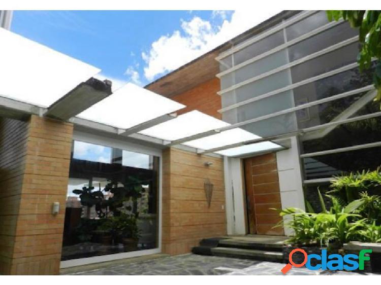 Se vende casa 700m2 6h/7h/7p Oripoto