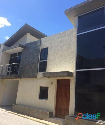 Sky Group vende hermoso townhouse de 140m2 en urbanización