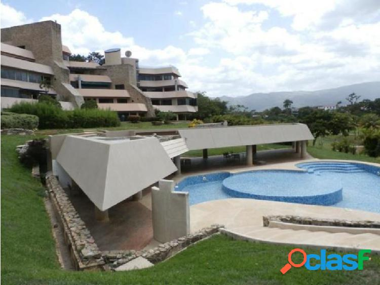 Apartamento en Altos de Guataparo 20-10083 RAGA