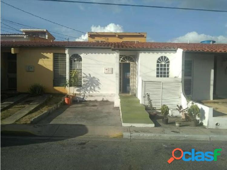 Casa en Venta La Mora Cabudare jrh