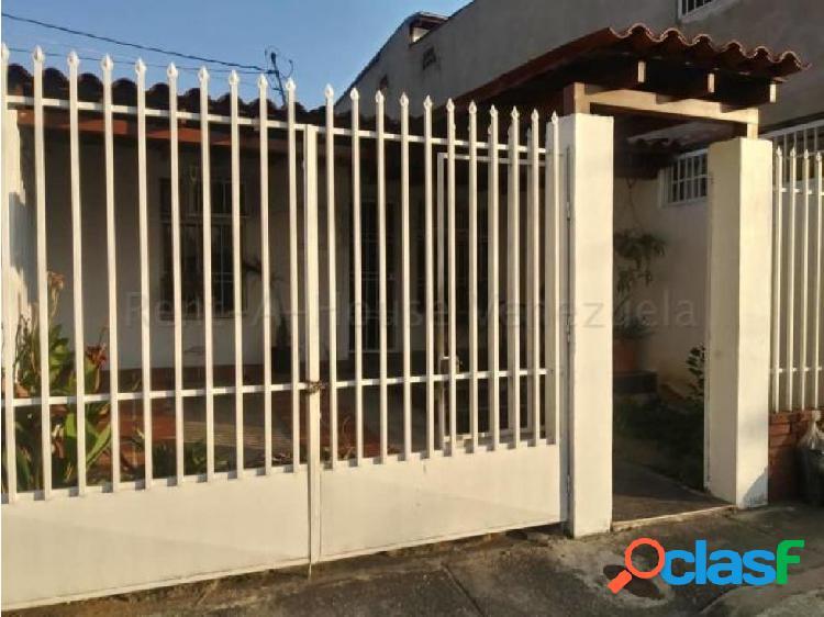 Casa en Venta en La Mora Cabudare jrh