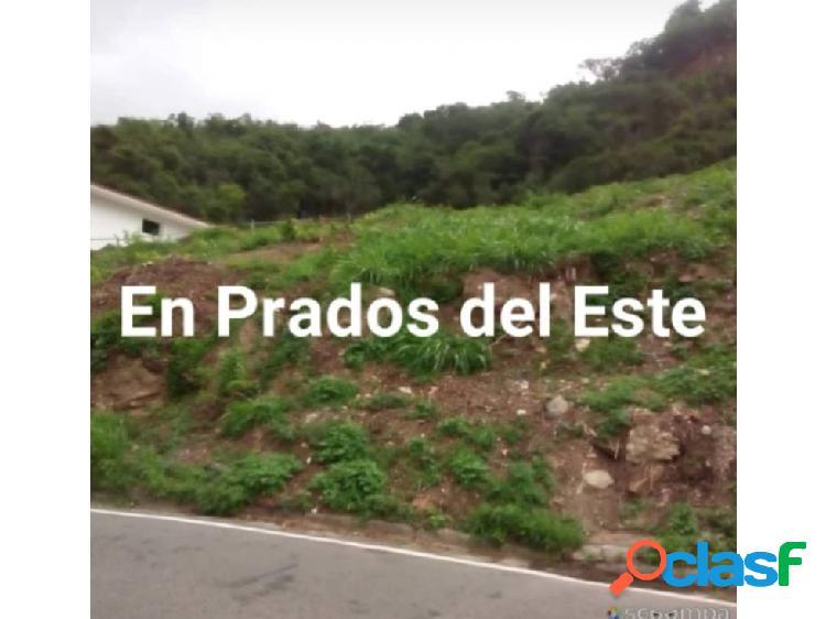 Se vende terreno 1582m2 Prados Del Este