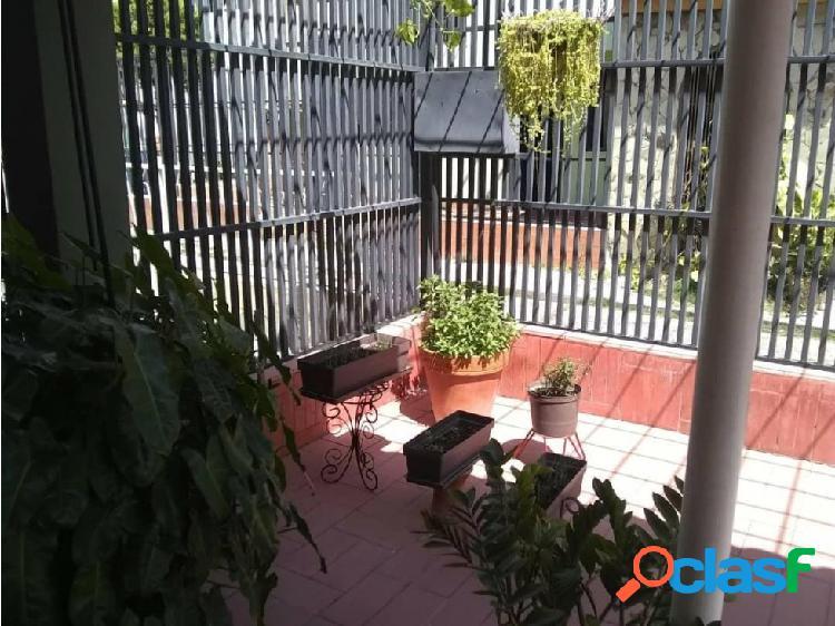 VENTA DE CASA OESTE DE BARQUISIMETO NLG 2021569