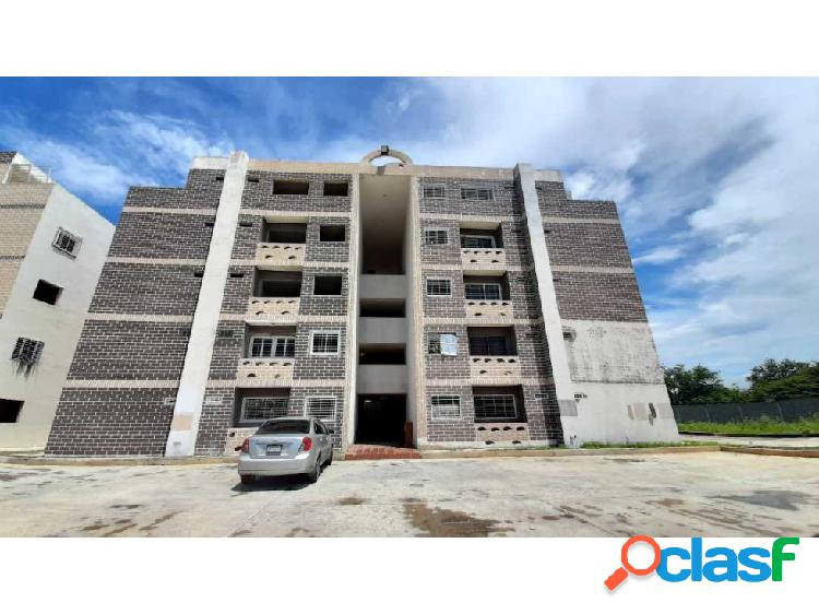 Apartamento Conjunto Res La Ciénaga, Santa Rita, Aragua.