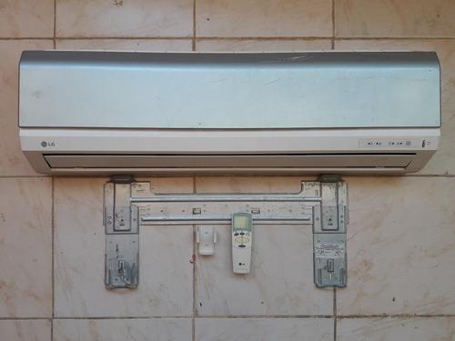 Consola Interna De Aire Acondicionado LG 12 Btu Con Control
