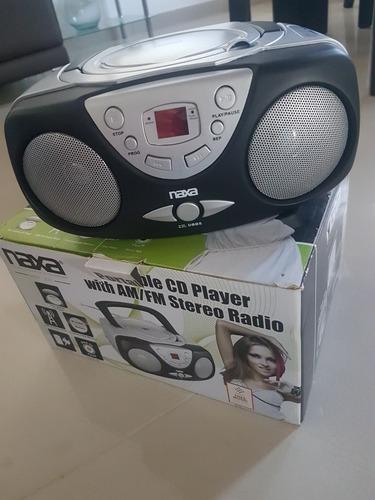 Reproductor Portatil De Cd Y Radio Am/fm Marca Naxa