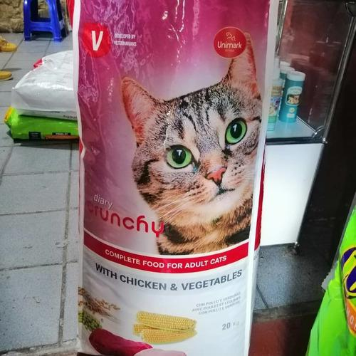 Crunchy Cats Gatarina 20 Kg Pollo, Carne Y Vegetales