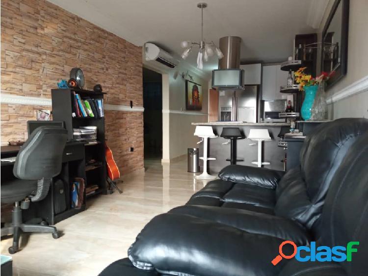 Apartamento En Venta Colinas de La Tahona 2H/ 2B/ 4P