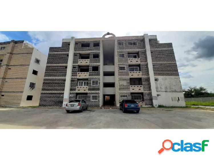 Apartamento Parque Res. La Cienaga, Santa Rita, Aragua.